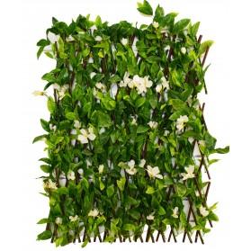 Valla de hojas con flor