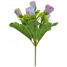 Ramo de rosas con hojas